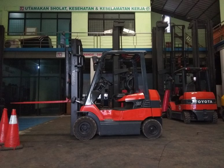 jual Forklift electric 2.5 ton