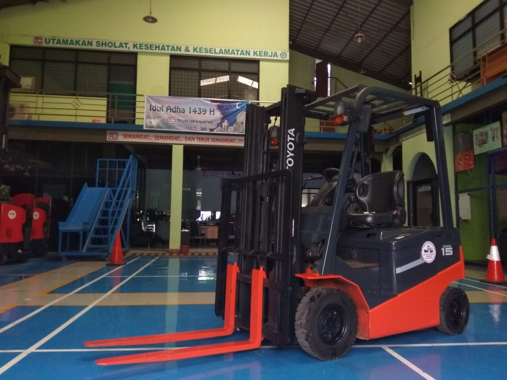 jual-forklift-electric